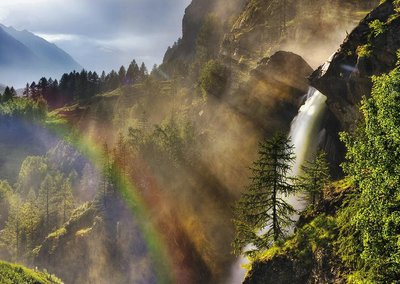 Rainbow at Lillaz waterfalls.jpg