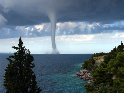 Tornado Waterspout by MaldenDj.jpg